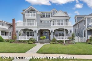 19 Lincoln Avenue, Avon-by-the-sea, NJ 07717