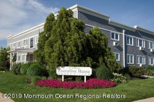 Executive House Condominium