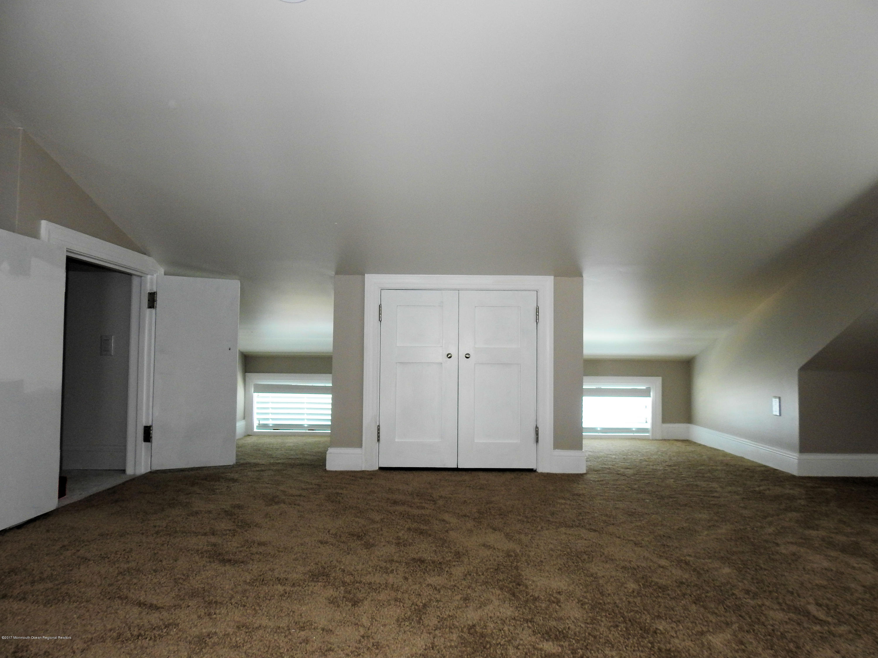 223  Harbor Drive - Picture 8