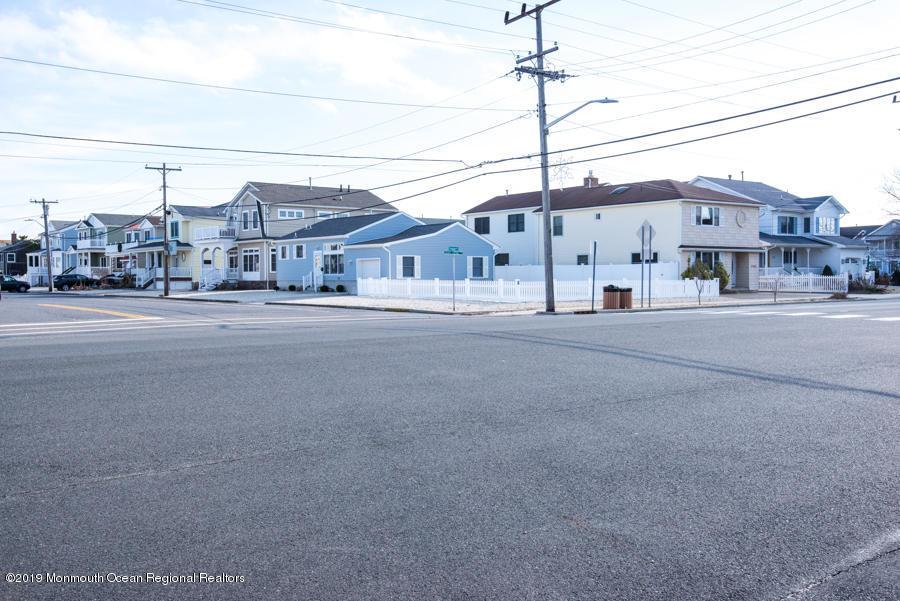 26  Trenton Avenue-Shn Lavallette