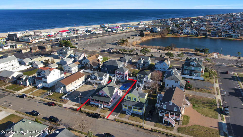 Photo of 32 Central Avenue, Point Pleasant Beach, NJ 08742