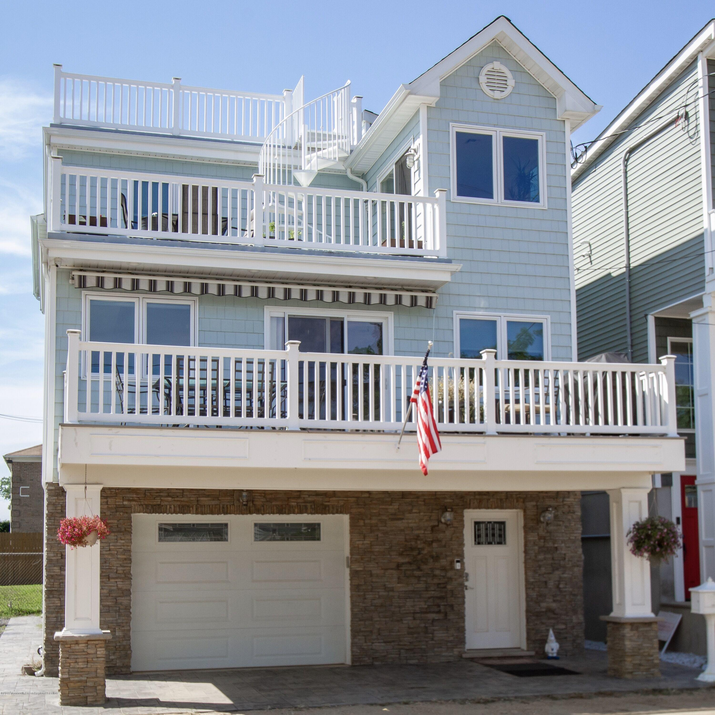 Photo of 39 Gravelly Point Road, Highlands, NJ 07732