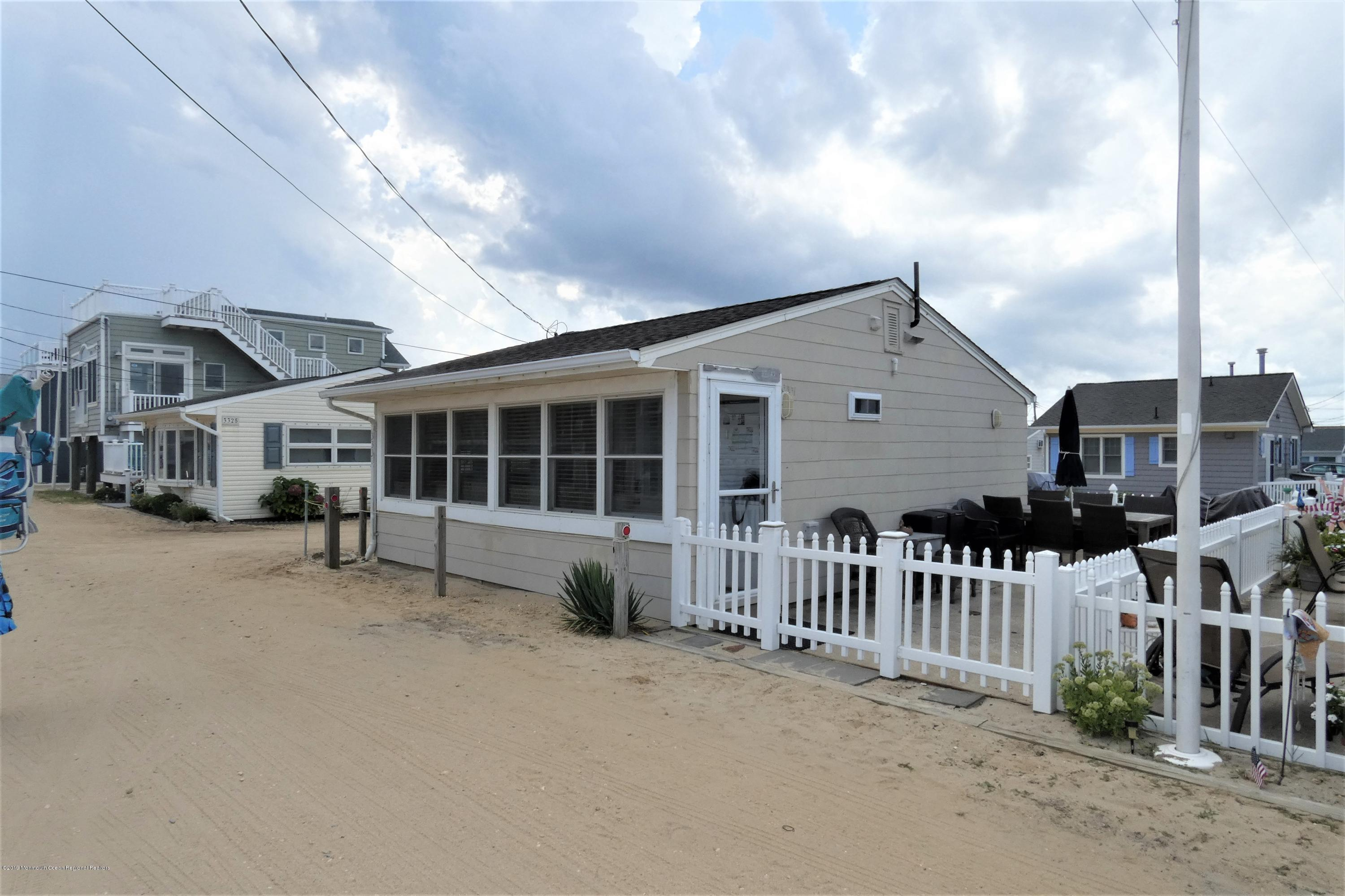 3331  Seaview Road - Lavallette