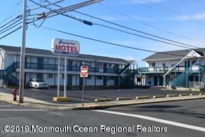 201 Kearney Avenue, Seaside Heights, NJ 08751