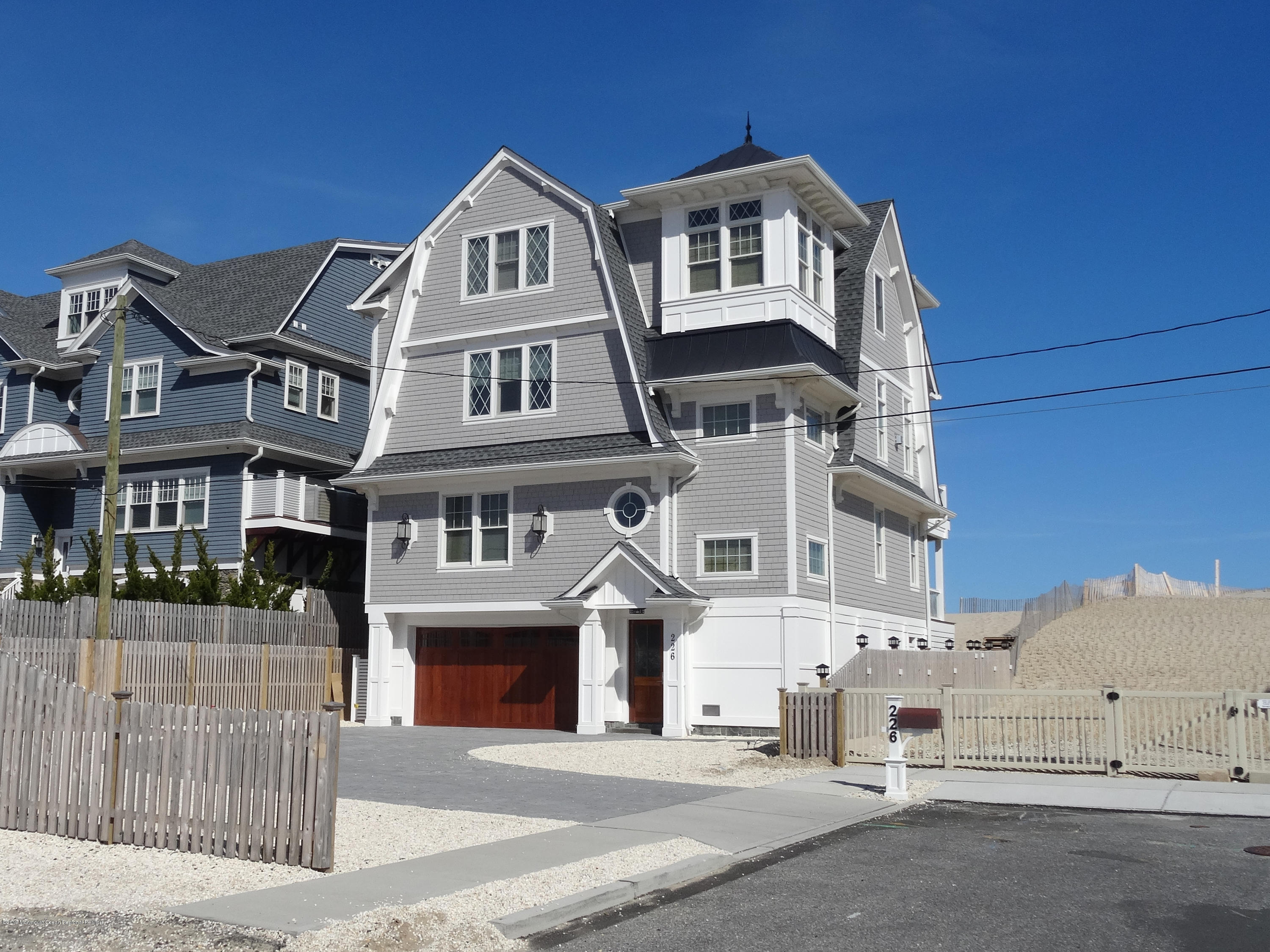 Photo of 226 Dune Avenue, Mantoloking, NJ 08738
