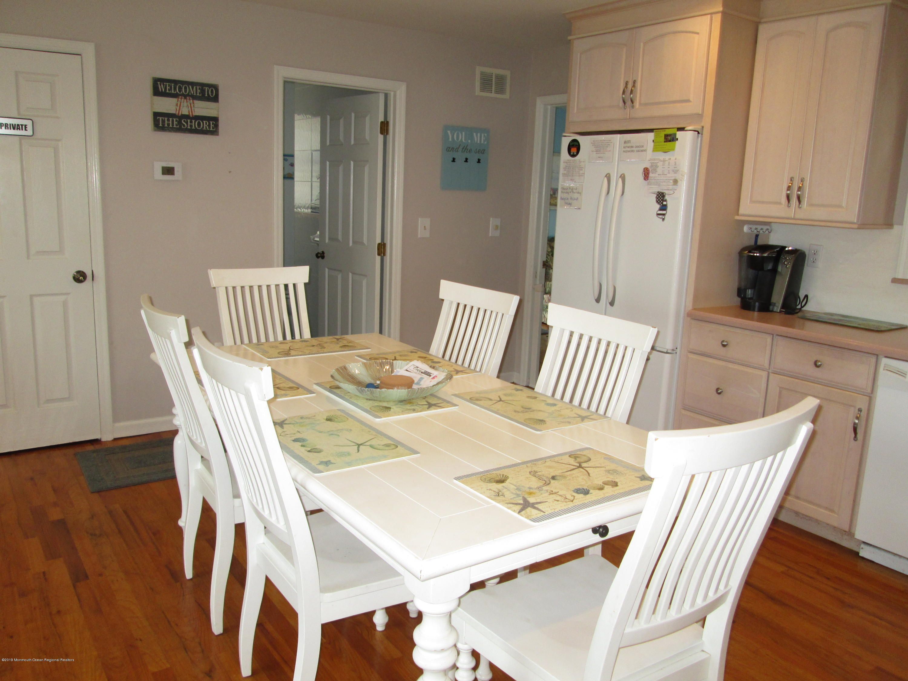 72  Beach Way - Picture 9