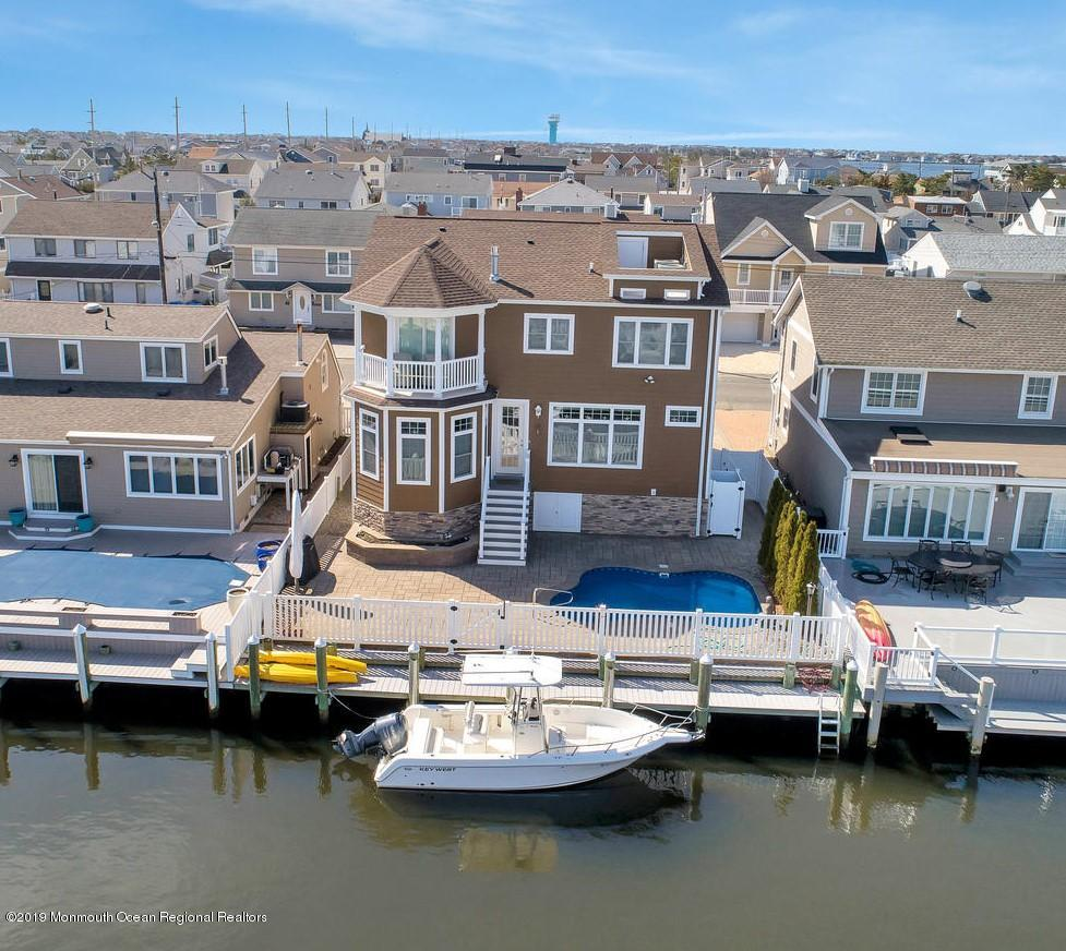 Photo of 207 Haddonfield Avenue, Lavallette, NJ 08735