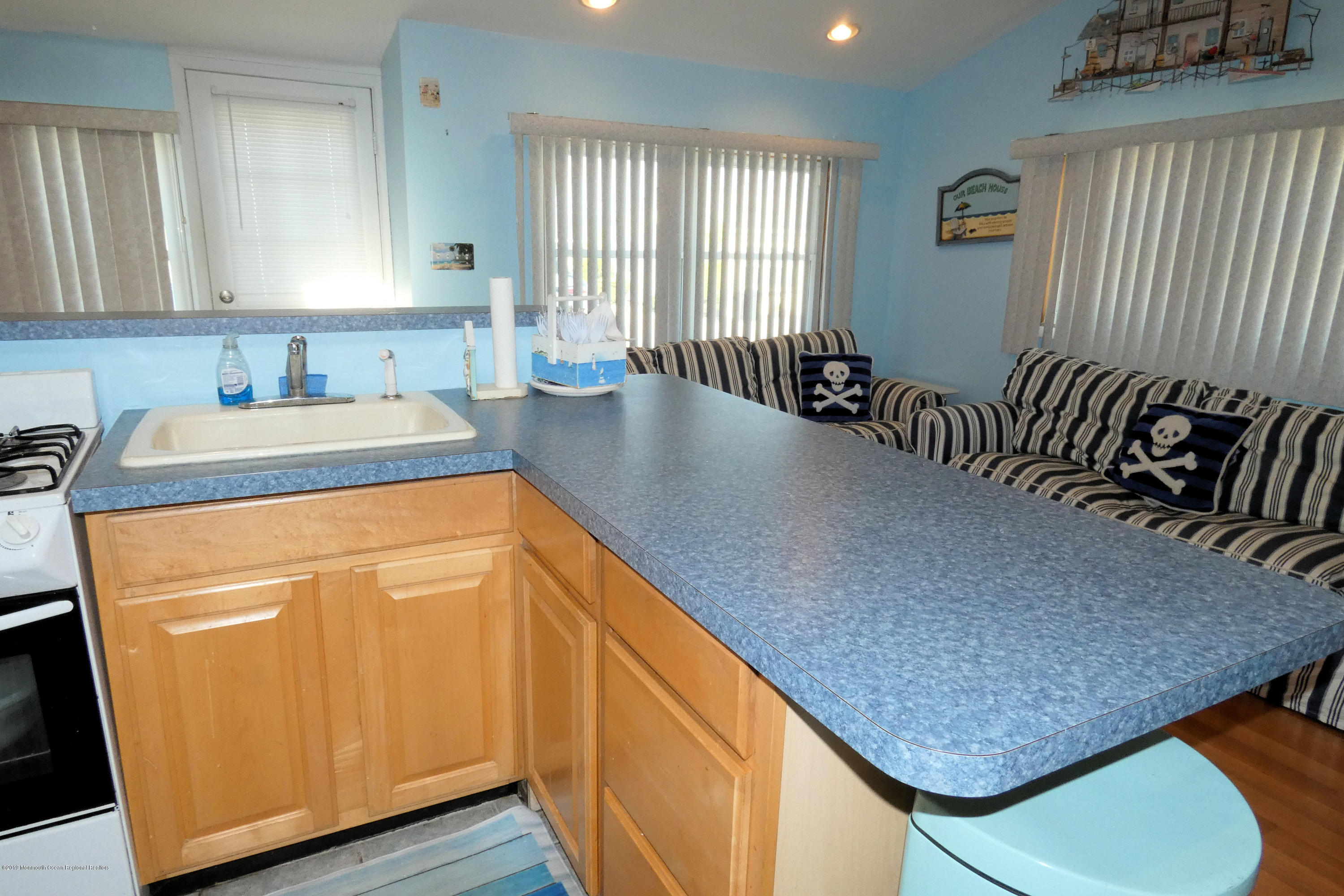 23 E Plover Way - Picture 4