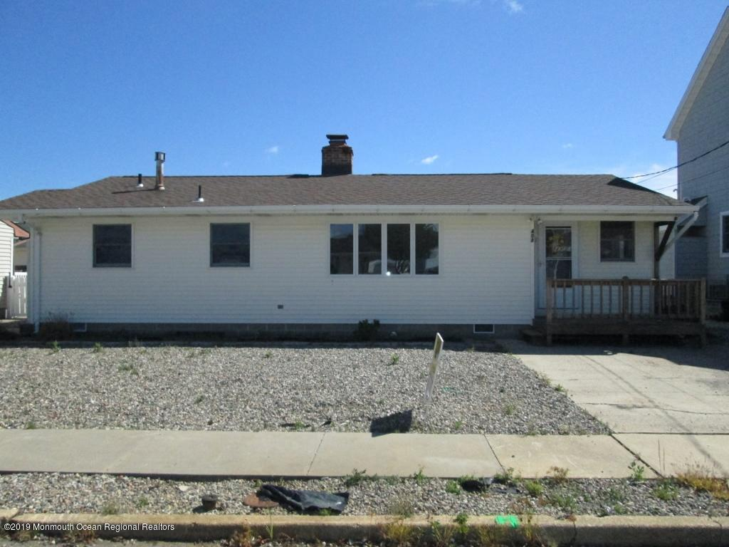 408  Hialeah Drive - Picture 1