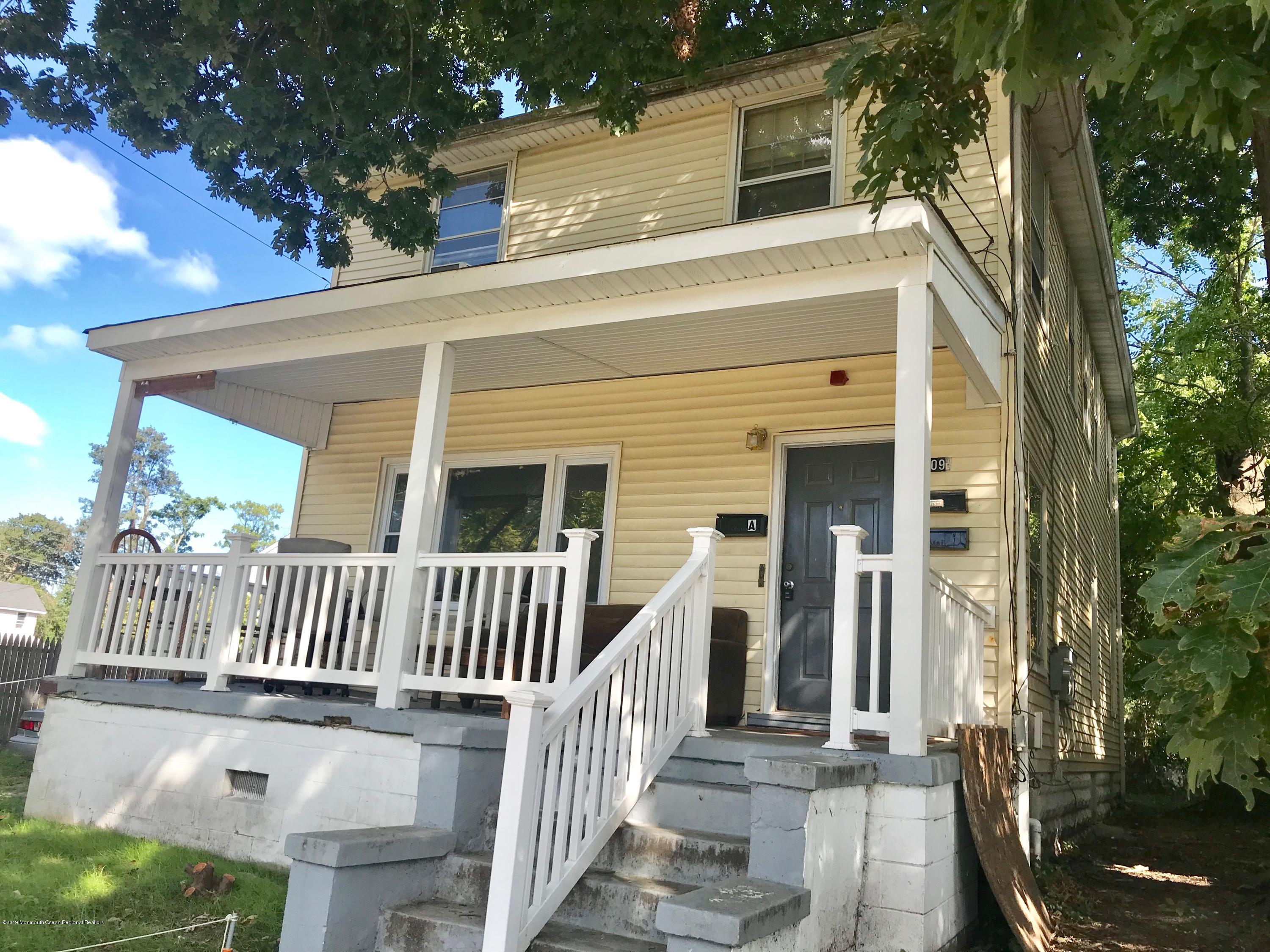Newly refinished 2BR 1st floor unit of 3 family home. Large living room for family, with lots of light. Newly refinished HW floors with storage in basement. Off-street parking available. Good credit a must. Available now!