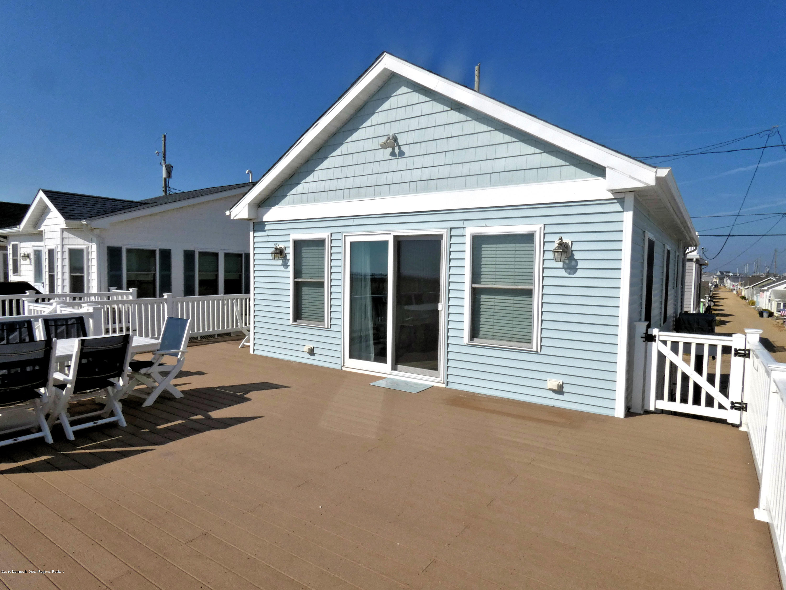 3406  Seaview Road - Picture 6