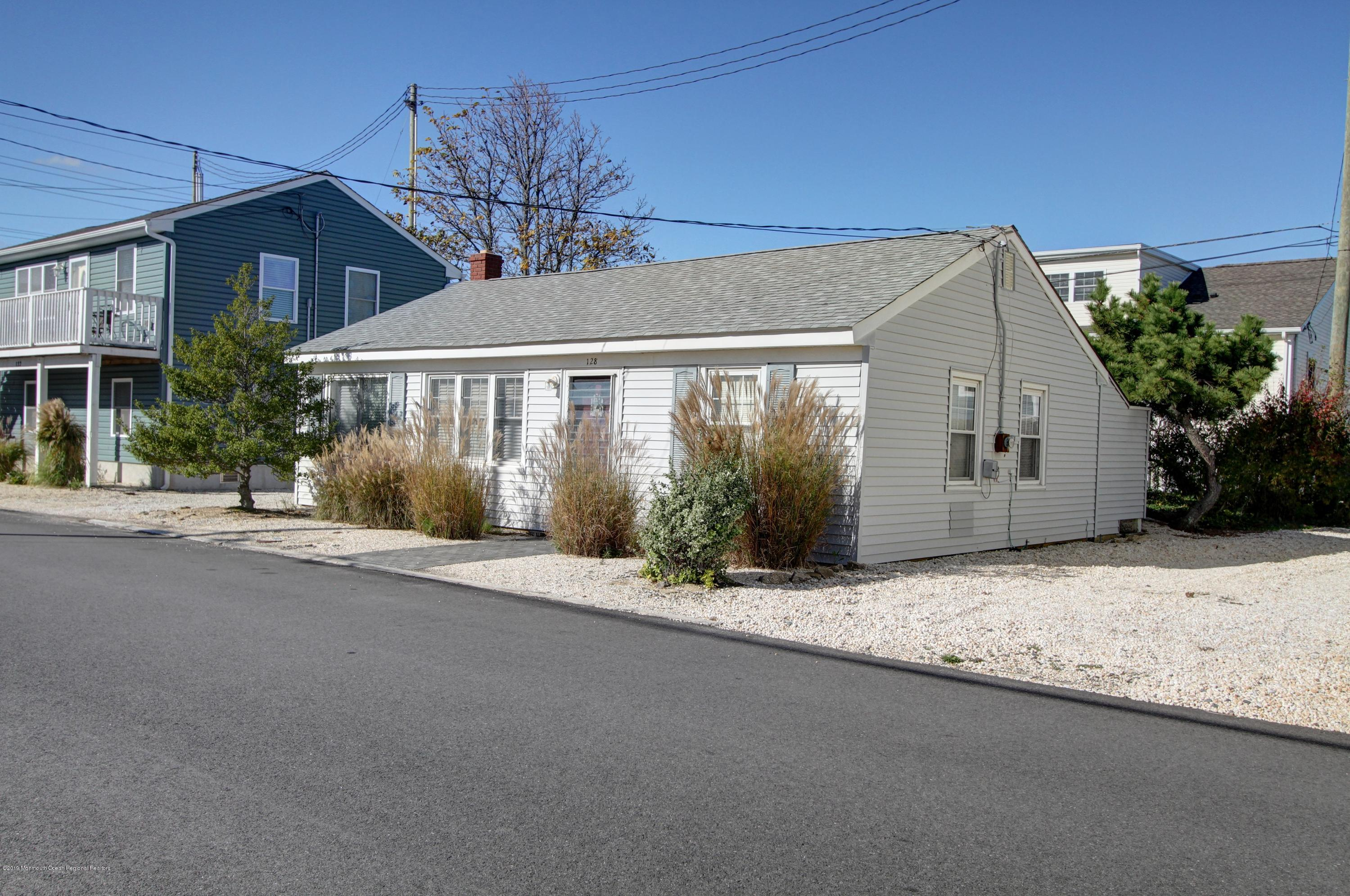 128  Kathryn Street - Picture 12