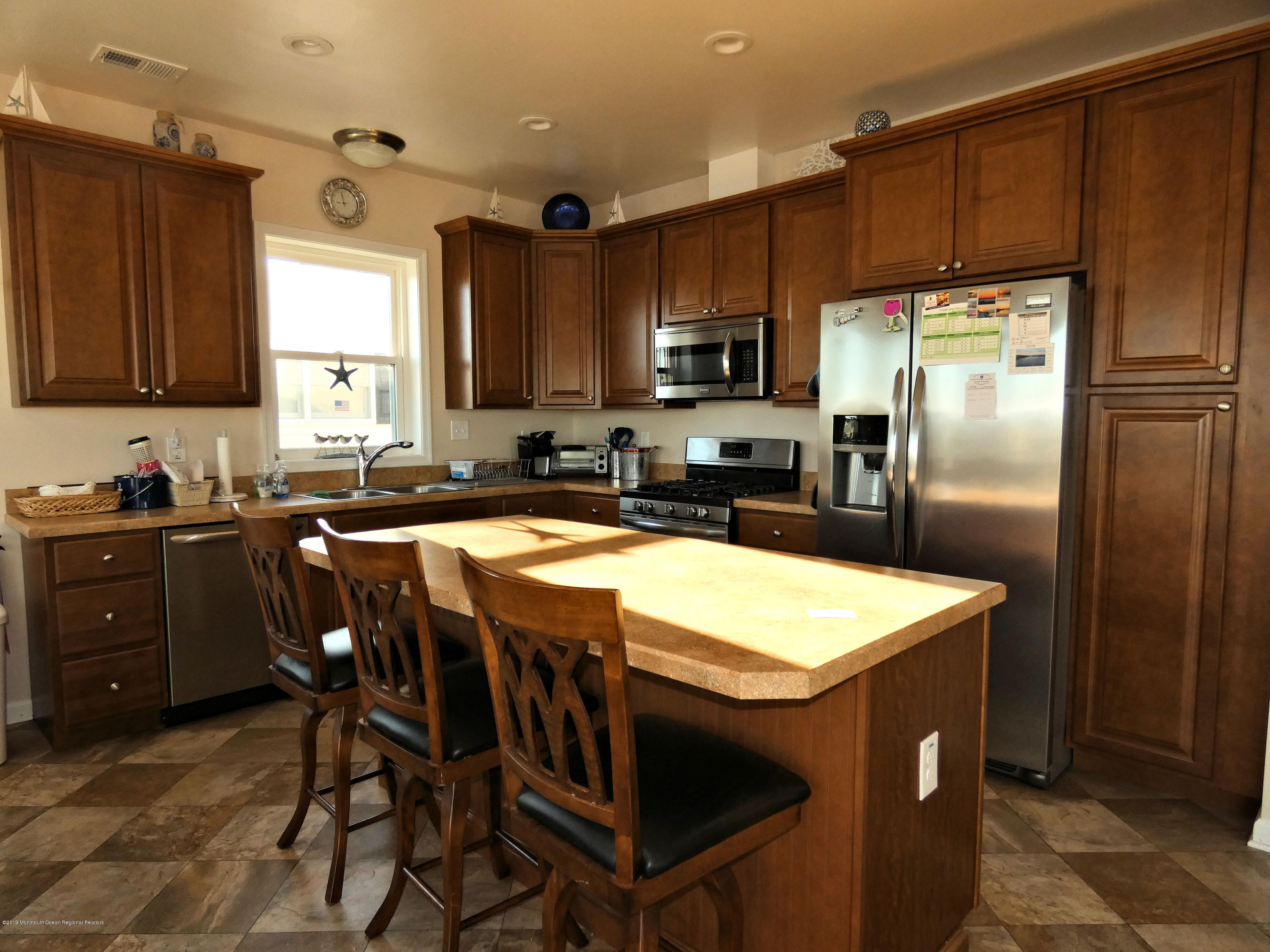 306 W Bayview Drive - Picture 10