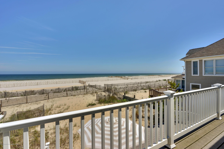 3566  Ocean Terrace - Picture 2