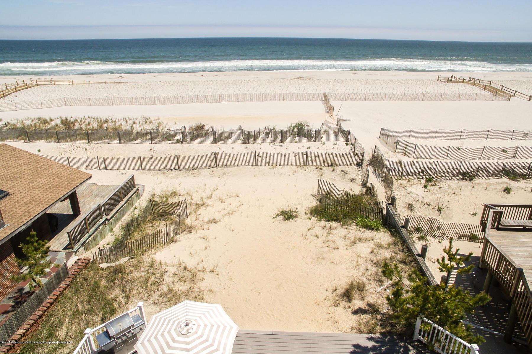 3566  Ocean Terrace - Picture 3