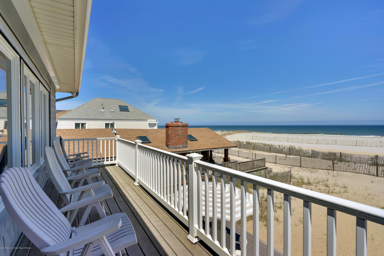 3566  Ocean Terrace - Picture 18