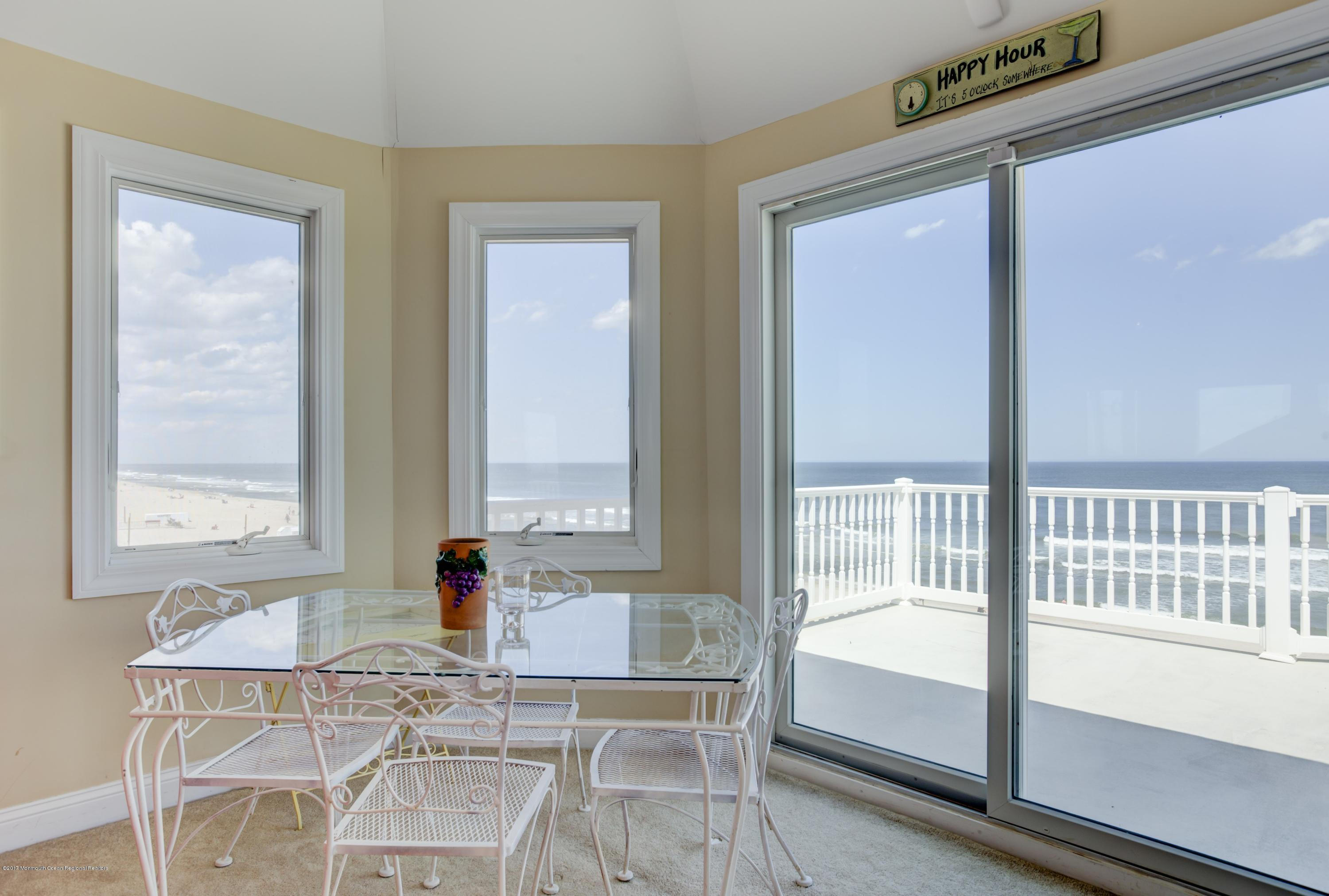 Photo of 3152 Ocean Road, Lavallette, NJ 08735