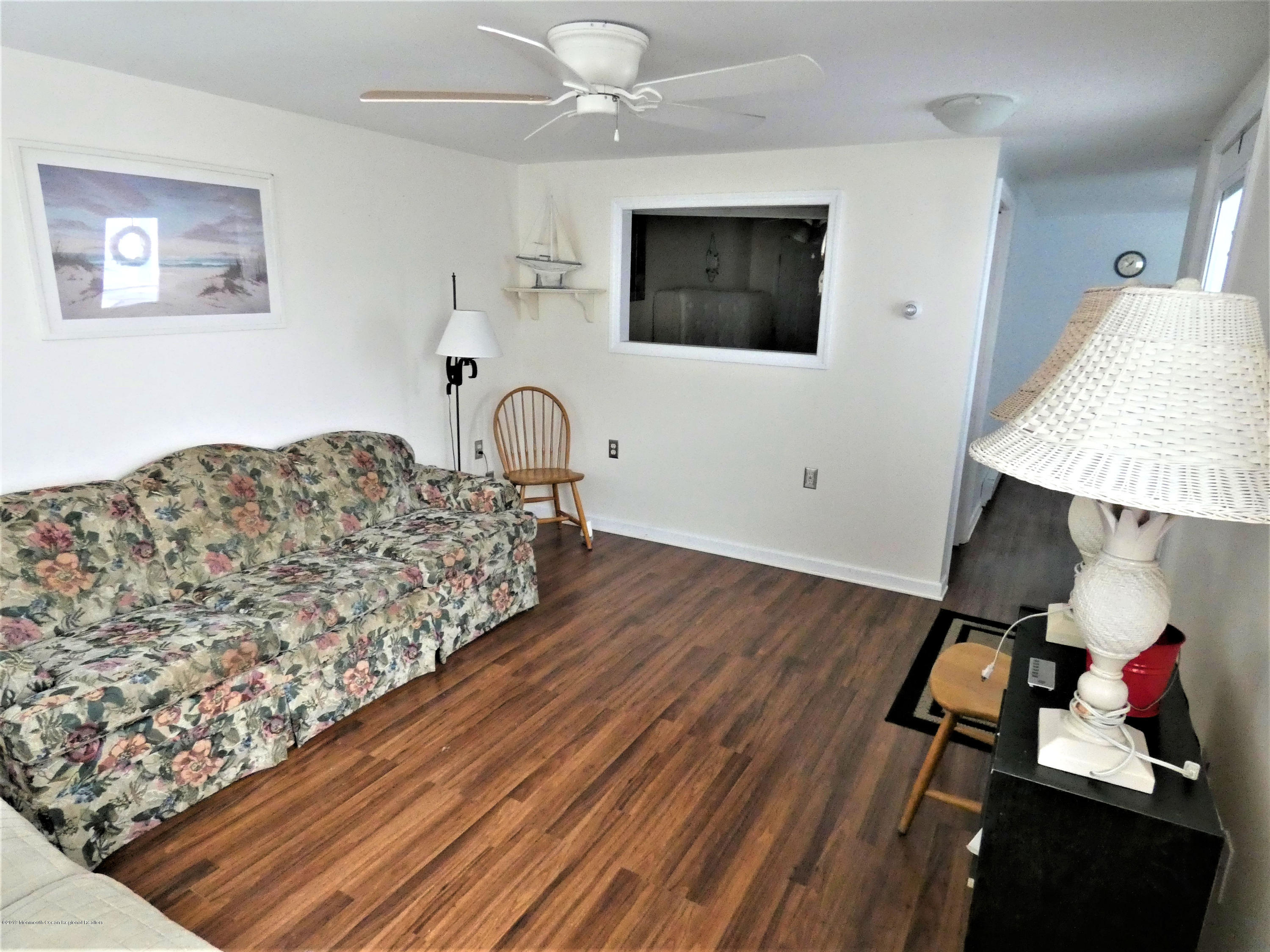 20 E Rutherford Lane - Picture 3