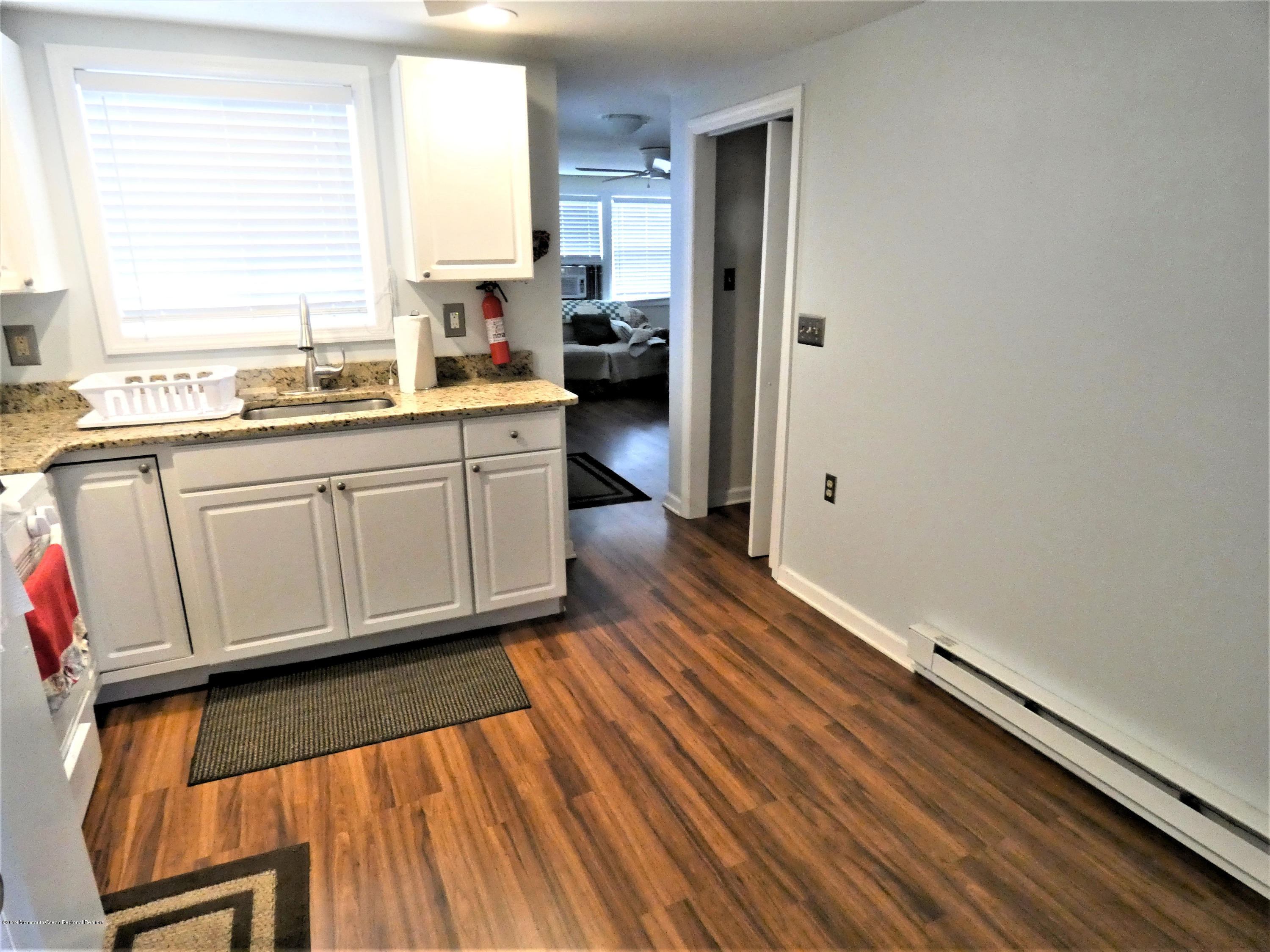 20 E Rutherford Lane - Picture 6