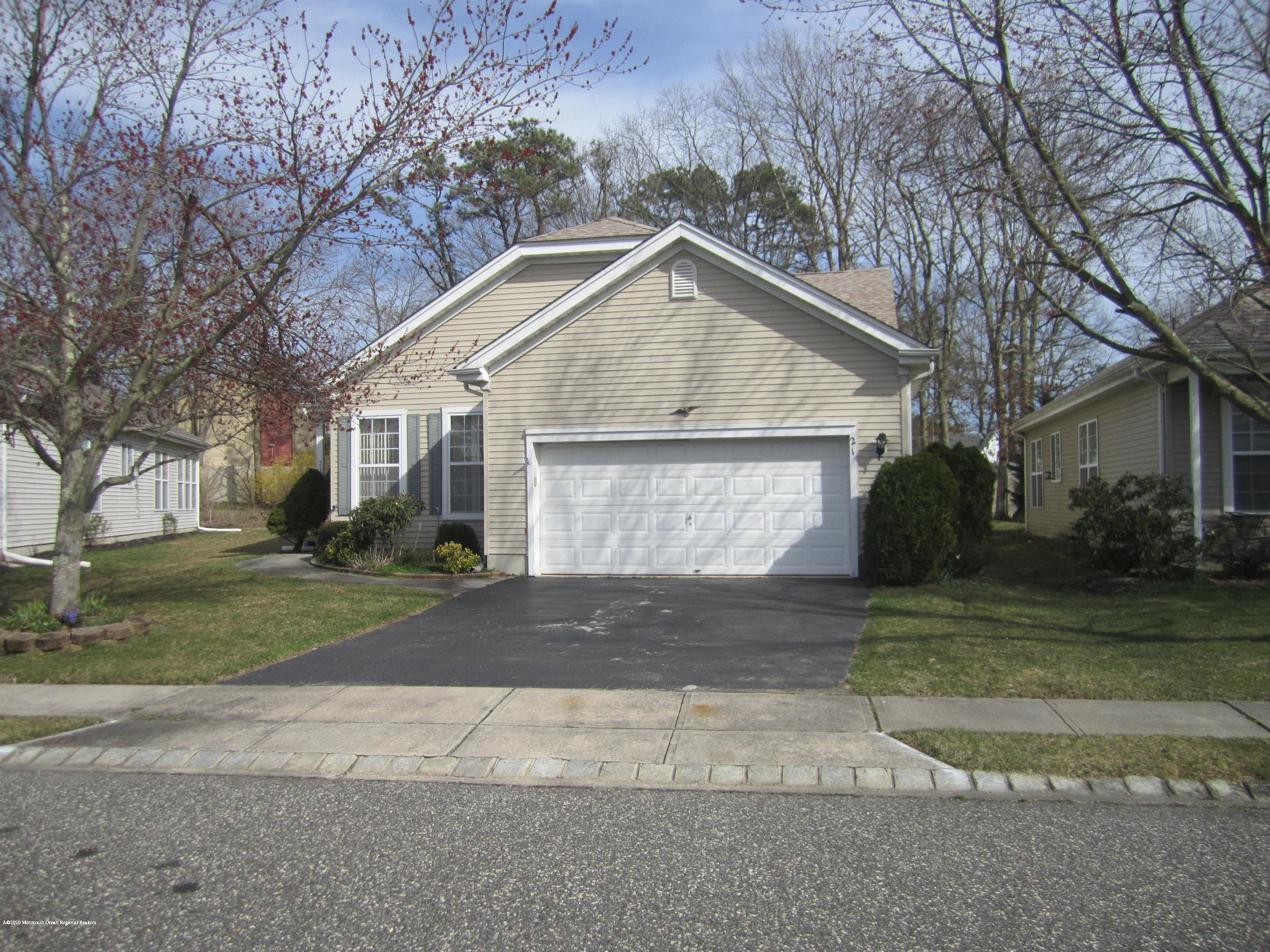 Looking for a great buy in this much sought after Adult Community?  A great opportunityto purchase this home that needs either anInvestor or someone who doesn't mind a little TLC. The  Heating is only a few years old. Needs paint & carpeting.Visit soon!
