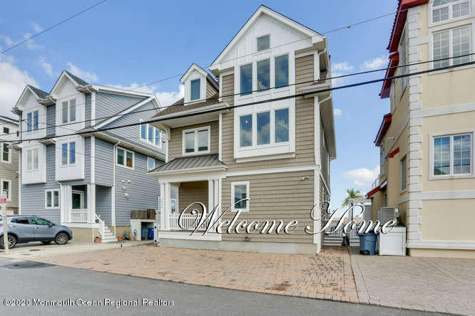 Photo of 3446 Ocean Road, Lavallette, NJ 08735