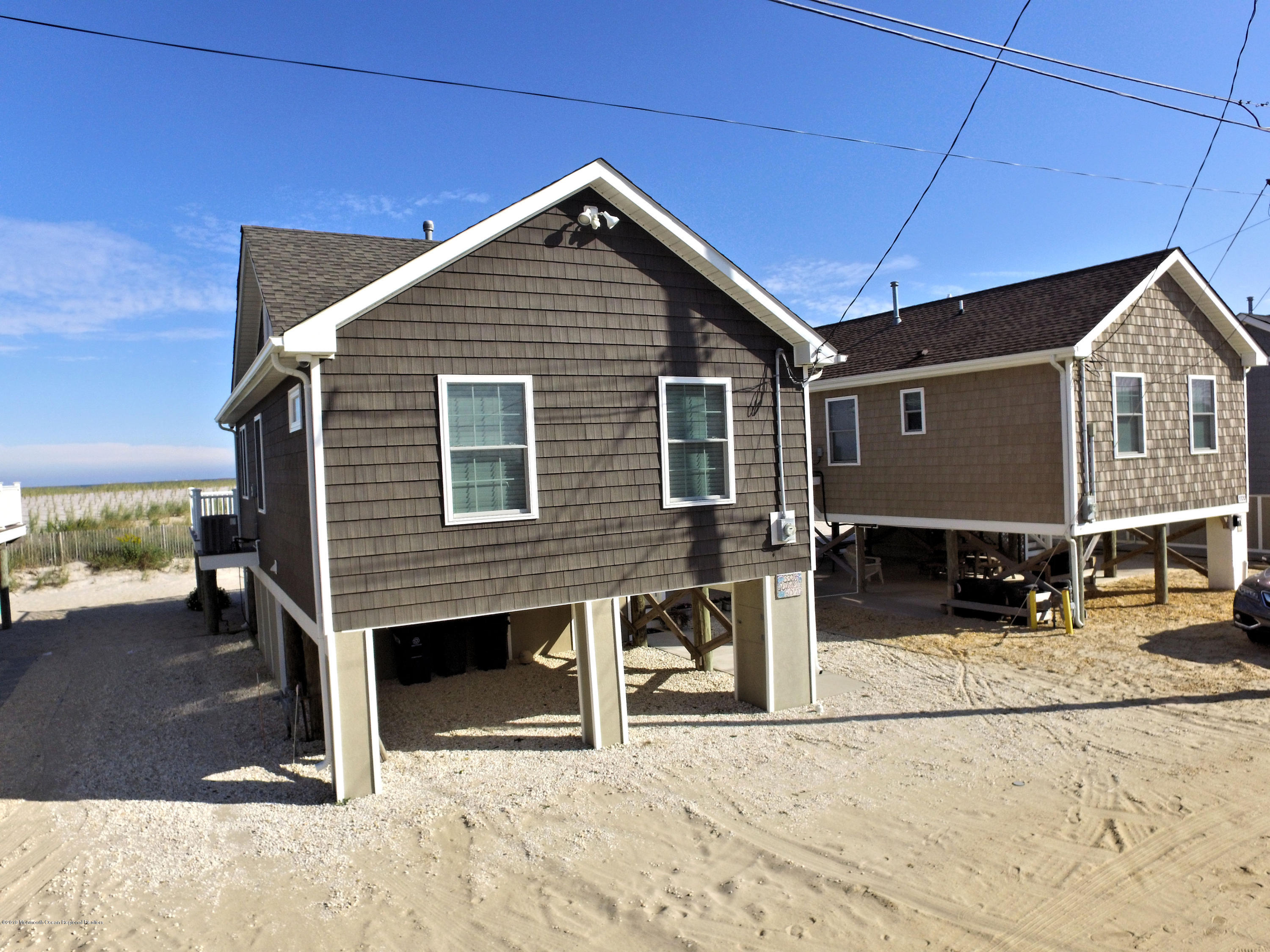 3326  Seaview Road - Picture 3
