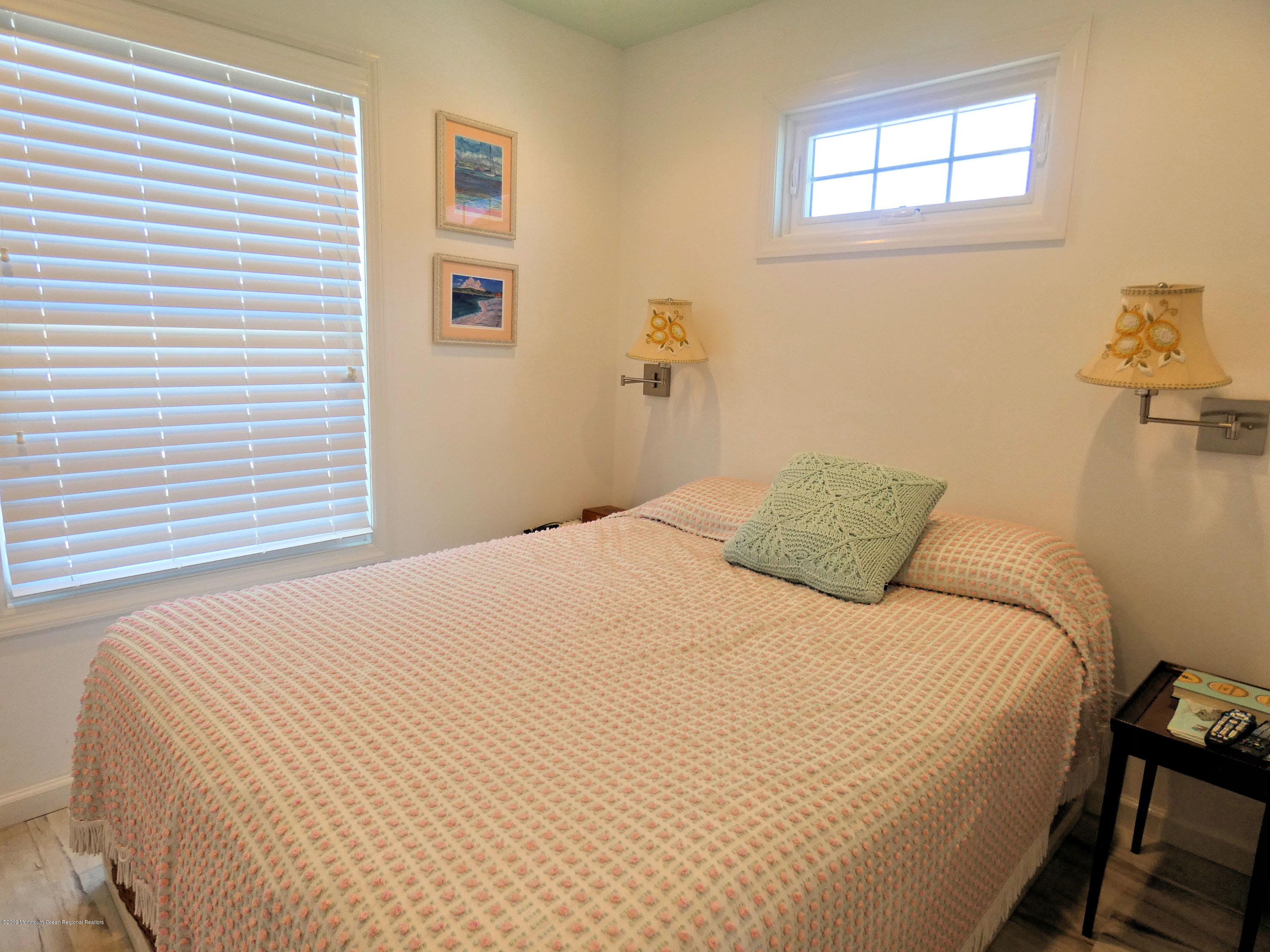 3326  Seaview Road - Picture 14
