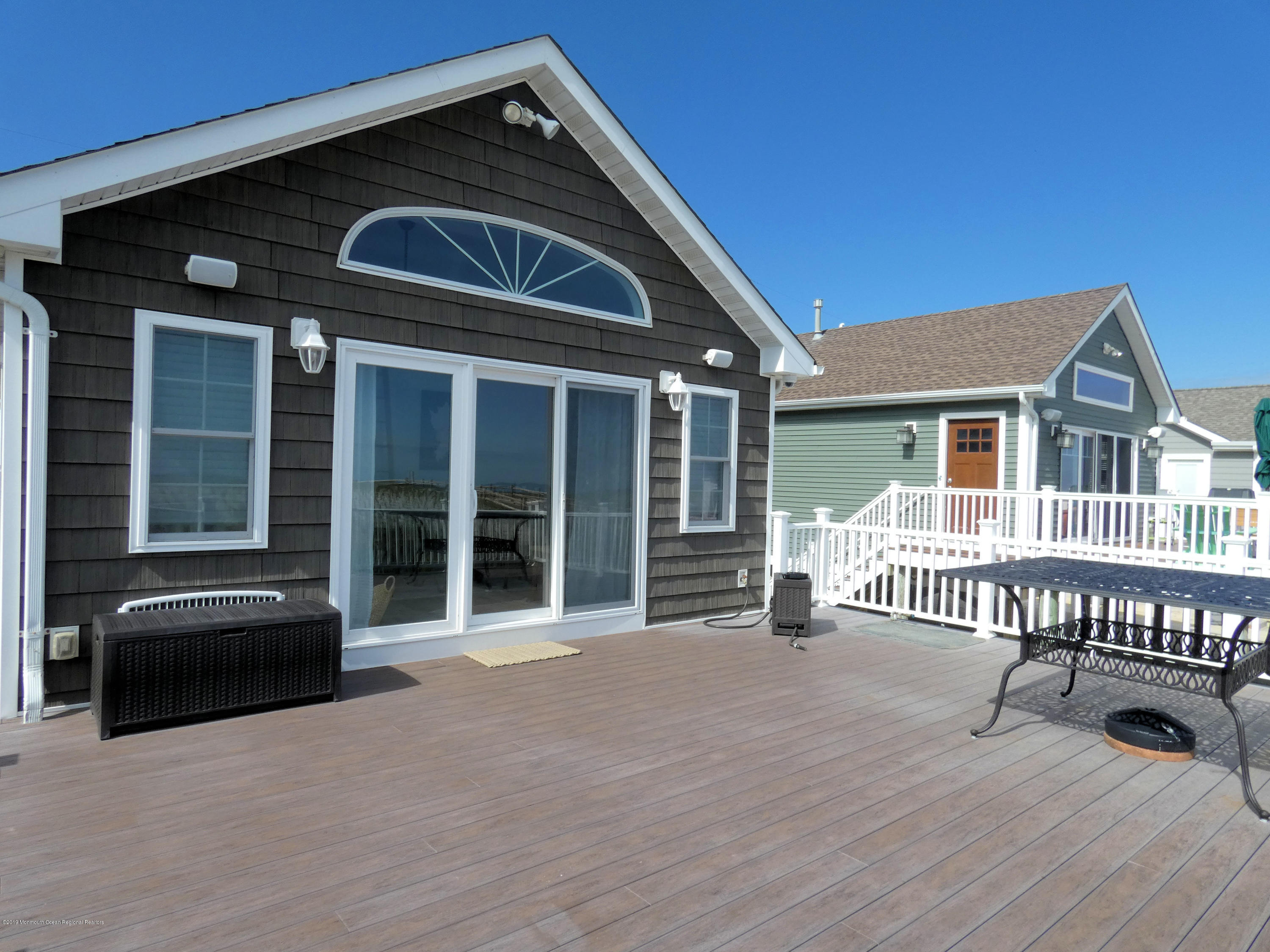3326  Seaview Road - Picture 22