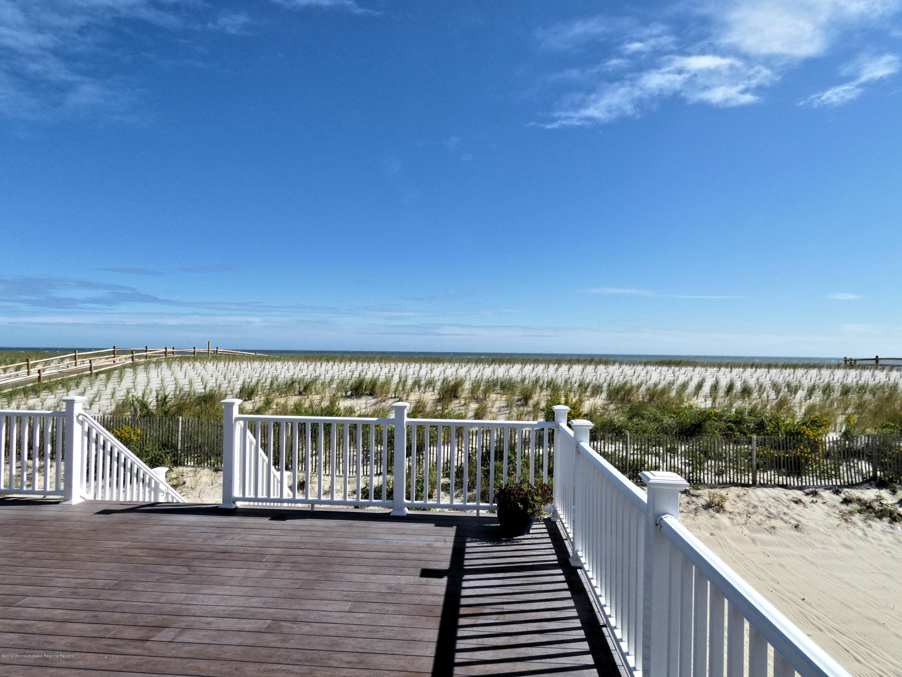 3326  Seaview Road - Picture 25