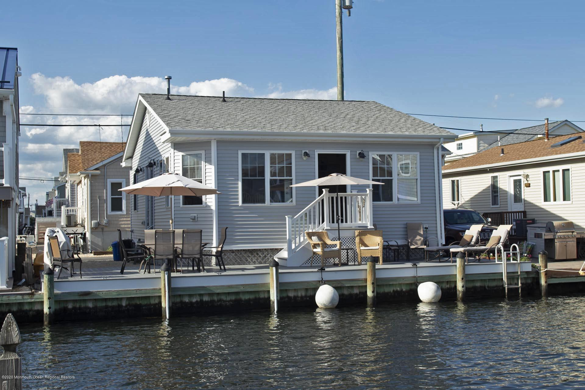 Photo of 223 Gull Lane, Lavallette, NJ 08735