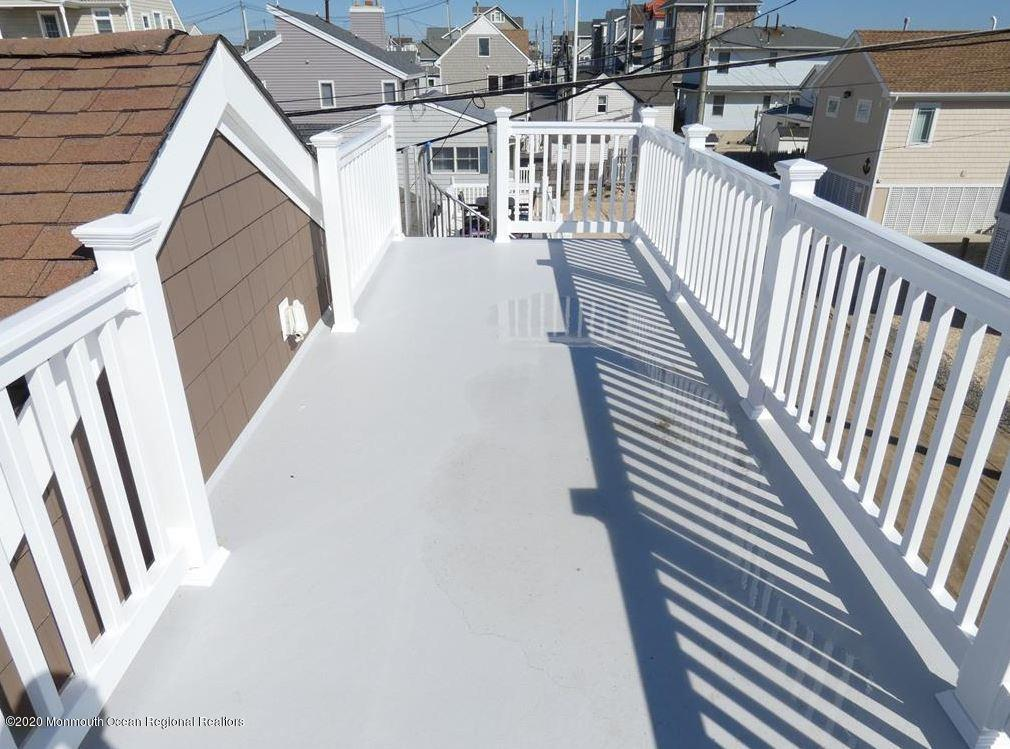 3411  Seaview Road - Picture 5