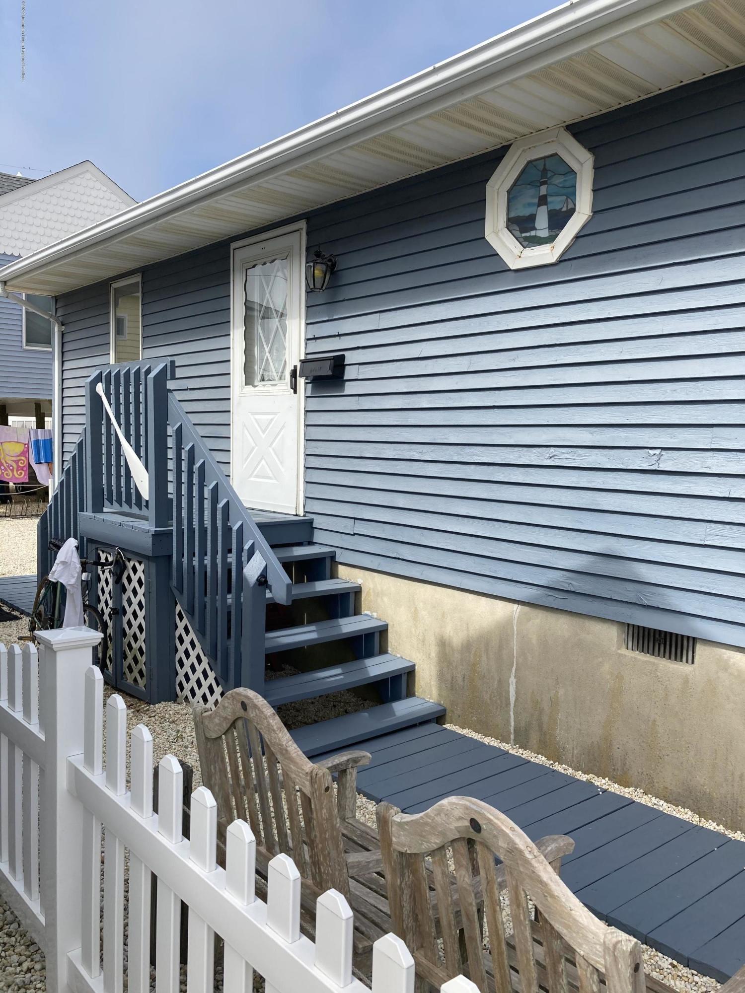 Photo of 233 Harbor Drive, Lavallette, NJ 08735