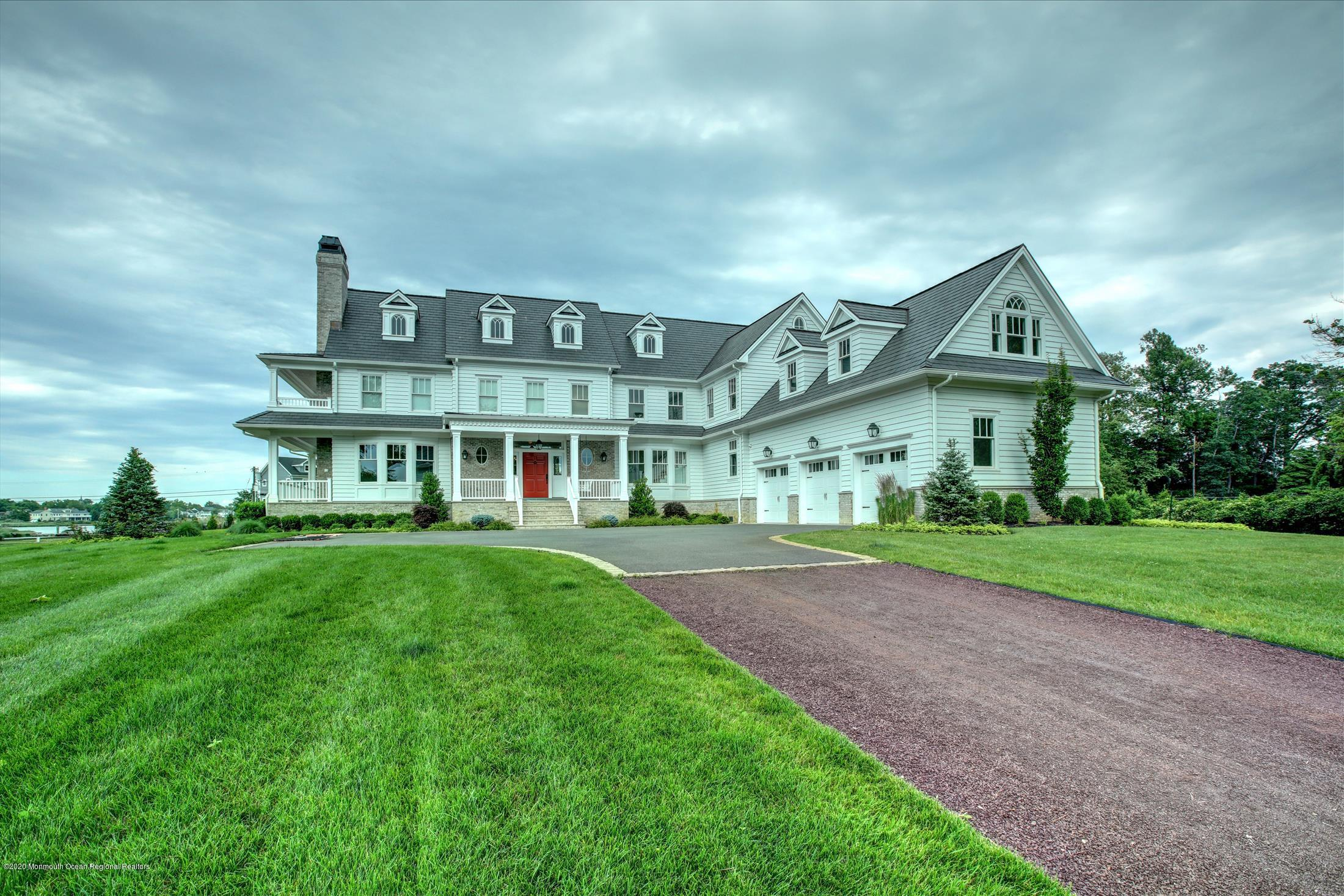 Photo of 9 Avenue Of Two Rivers, Rumson, NJ 07760