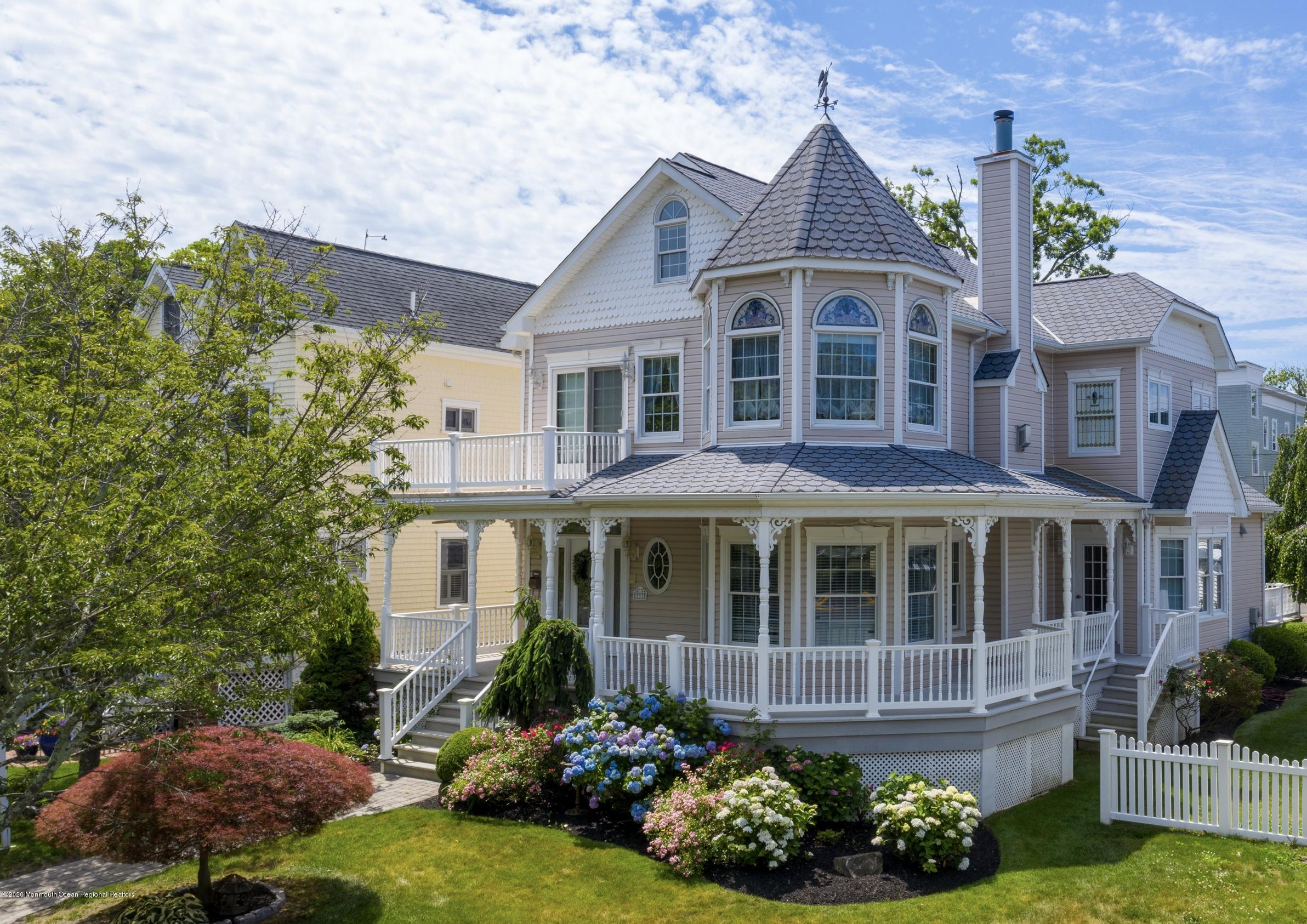 Photo of 337 Woodland Avenue, Avon-by-the-sea, NJ 07717