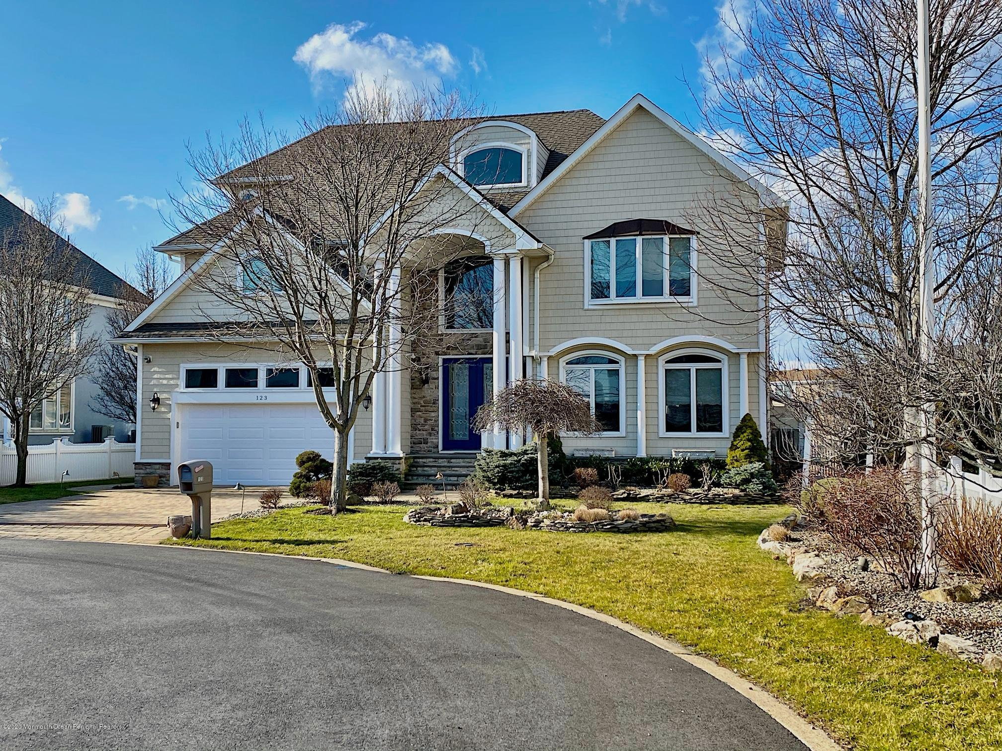 Photo of 123 Curtis Point Drive, Mantoloking, NJ 08738