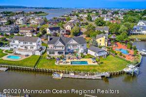 11 Gull Point Road, Monmouth Beach, NJ 07750