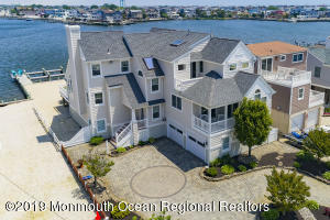 277 W 27th Street, Ship Bottom, NJ 08008
