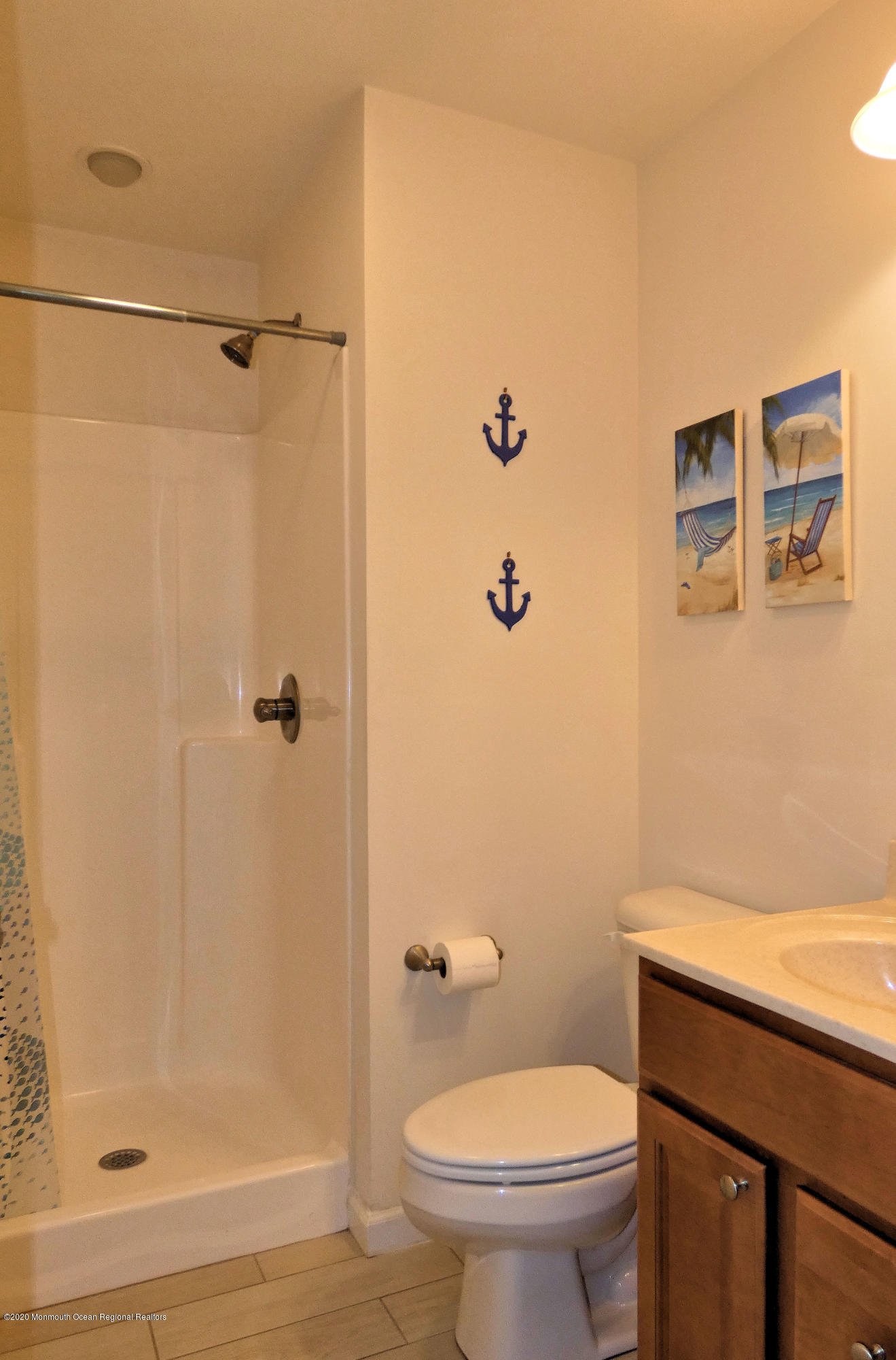 3410  Seaview Road - Picture 11