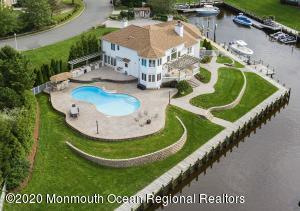 6 Blue Point Cv, Oceanport, NJ 07757