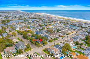 115 New Jersey Avenue, Point Pleasant Beach, NJ 08742