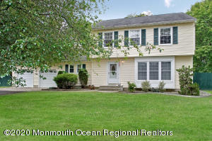 20 Red Cedar Run, Jackson, NJ 08527