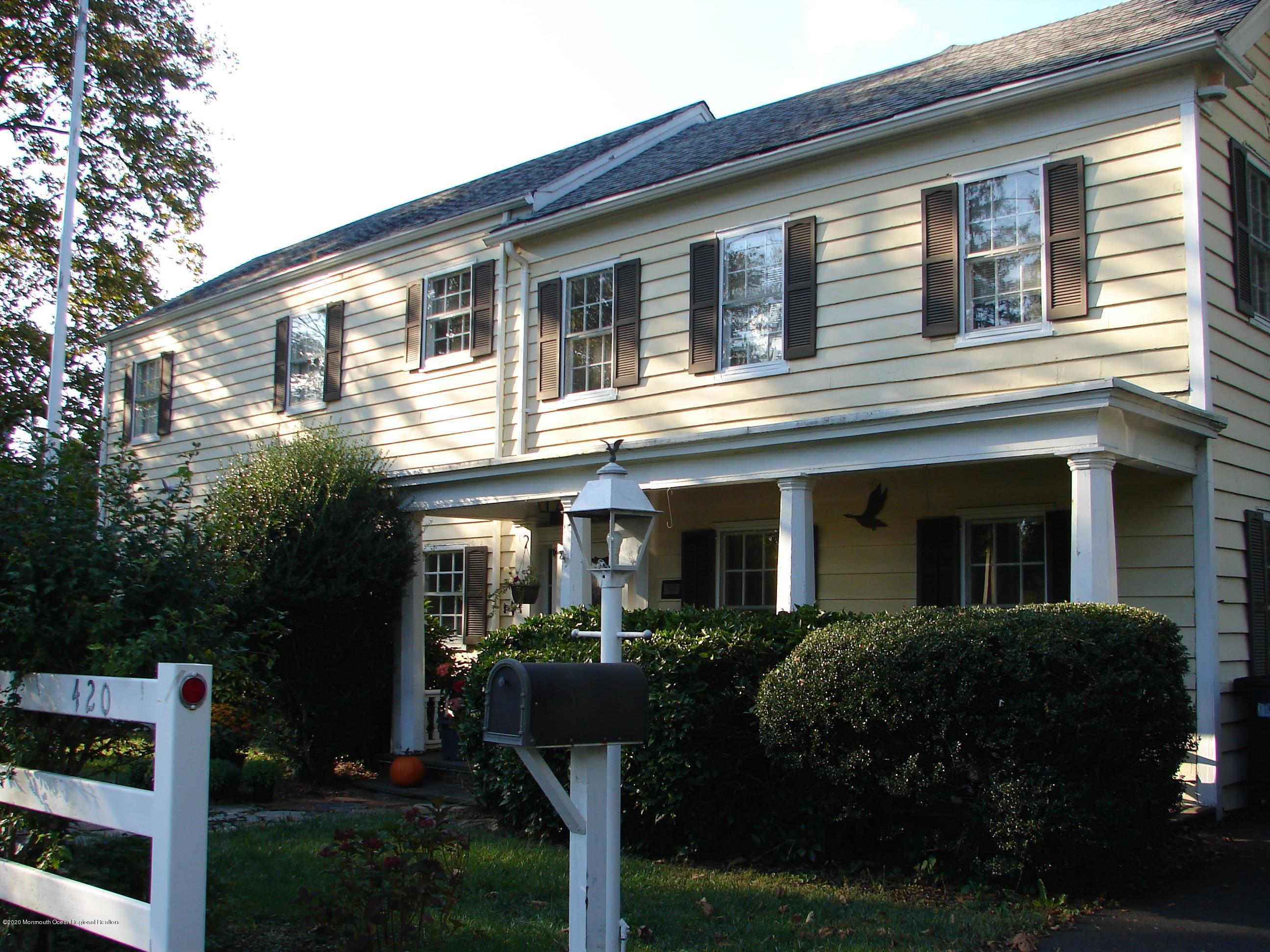 Photo of 420 Sycamore Avenue, Shrewsbury Boro, NJ 07702