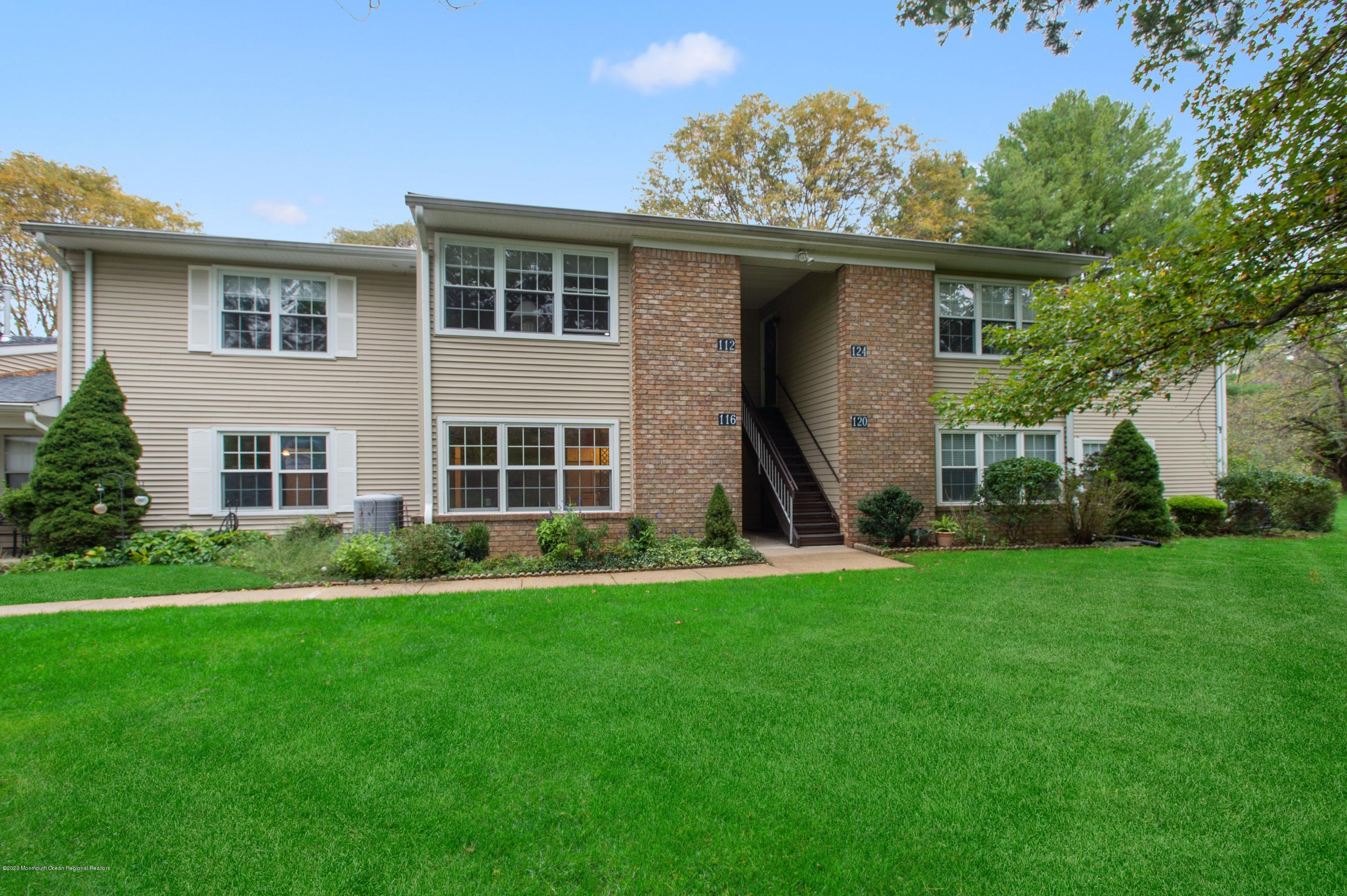 55+ communities participate in middletown nj with a view rent