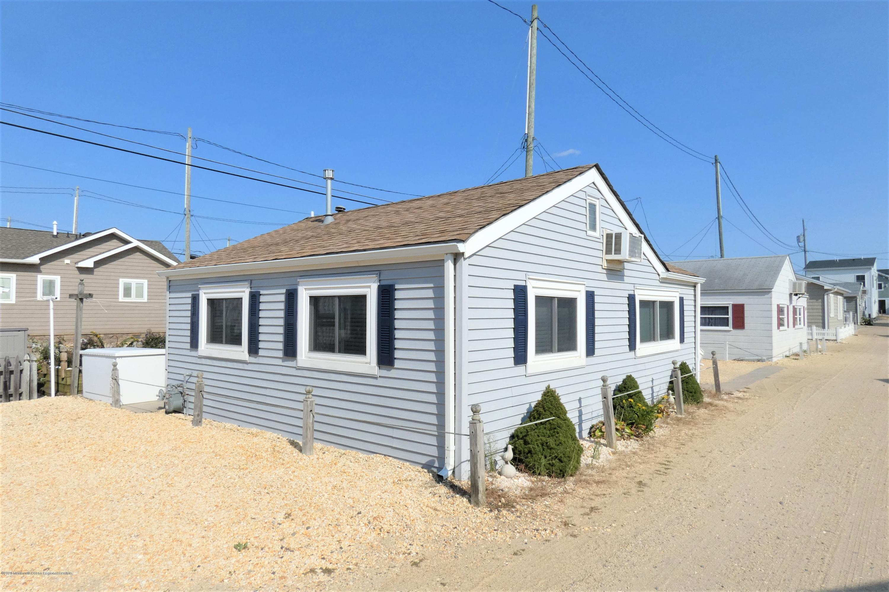 26 E Dolphin Way - Picture 3
