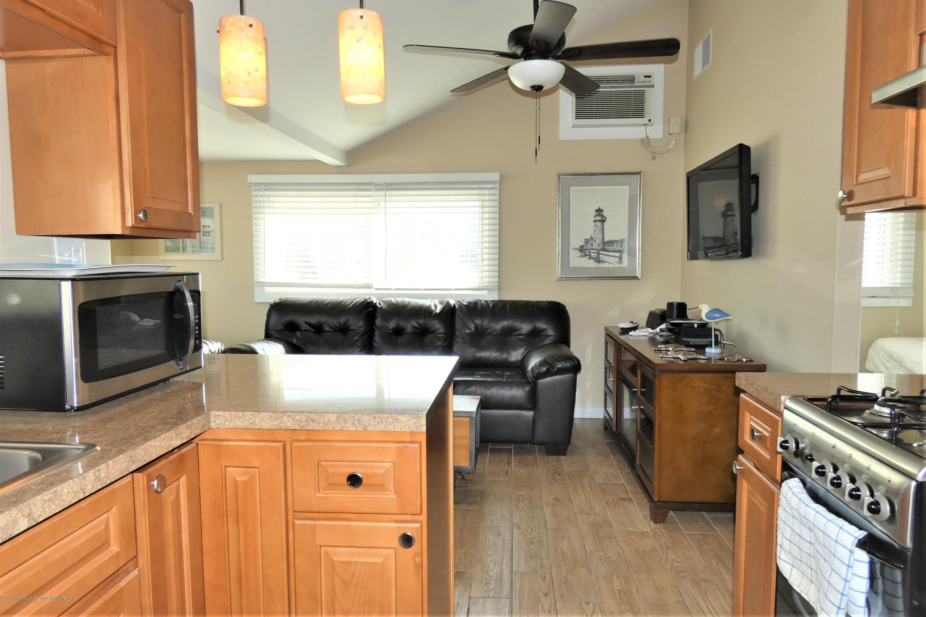 26 E Dolphin Way - Picture 12