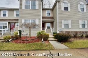 2202 Soda House Court, Freehold, NJ 07728