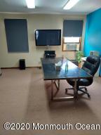 208 Maple Avenue, Suite 4, Red Bank, NJ 07701
