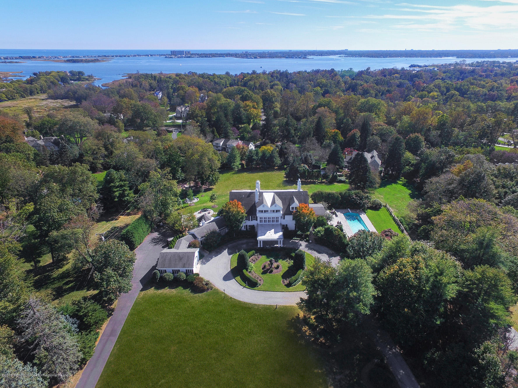 Photo of 1 Allencrest Road, Rumson, NJ 07760