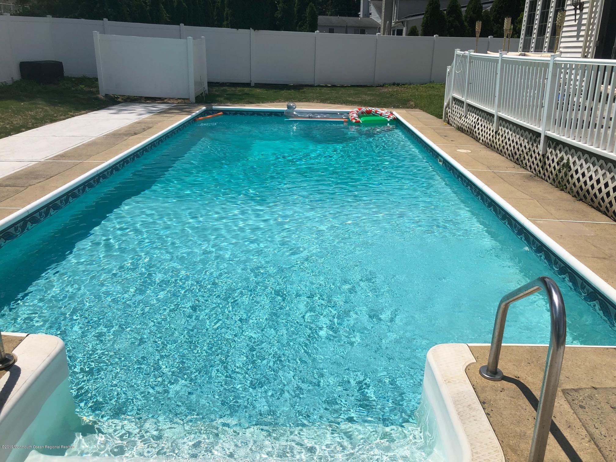 Photo of 6 Calvin Terrace, Oakhurst, NJ 07755