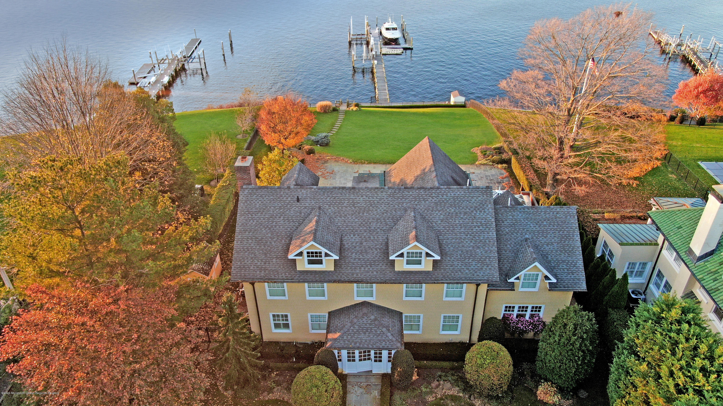 Photo of 3 Vista Place, Red Bank, NJ 07701